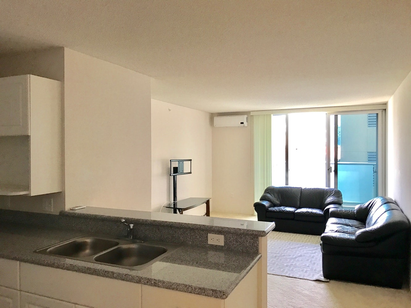 2 Bedroom Furnished Apartment Honolulu