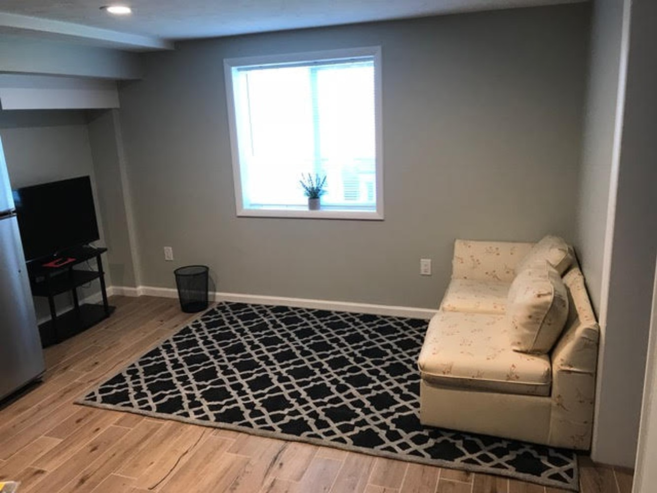 Room For Rent In Luxury Basement Apartment Near Umcp Apply Cozy