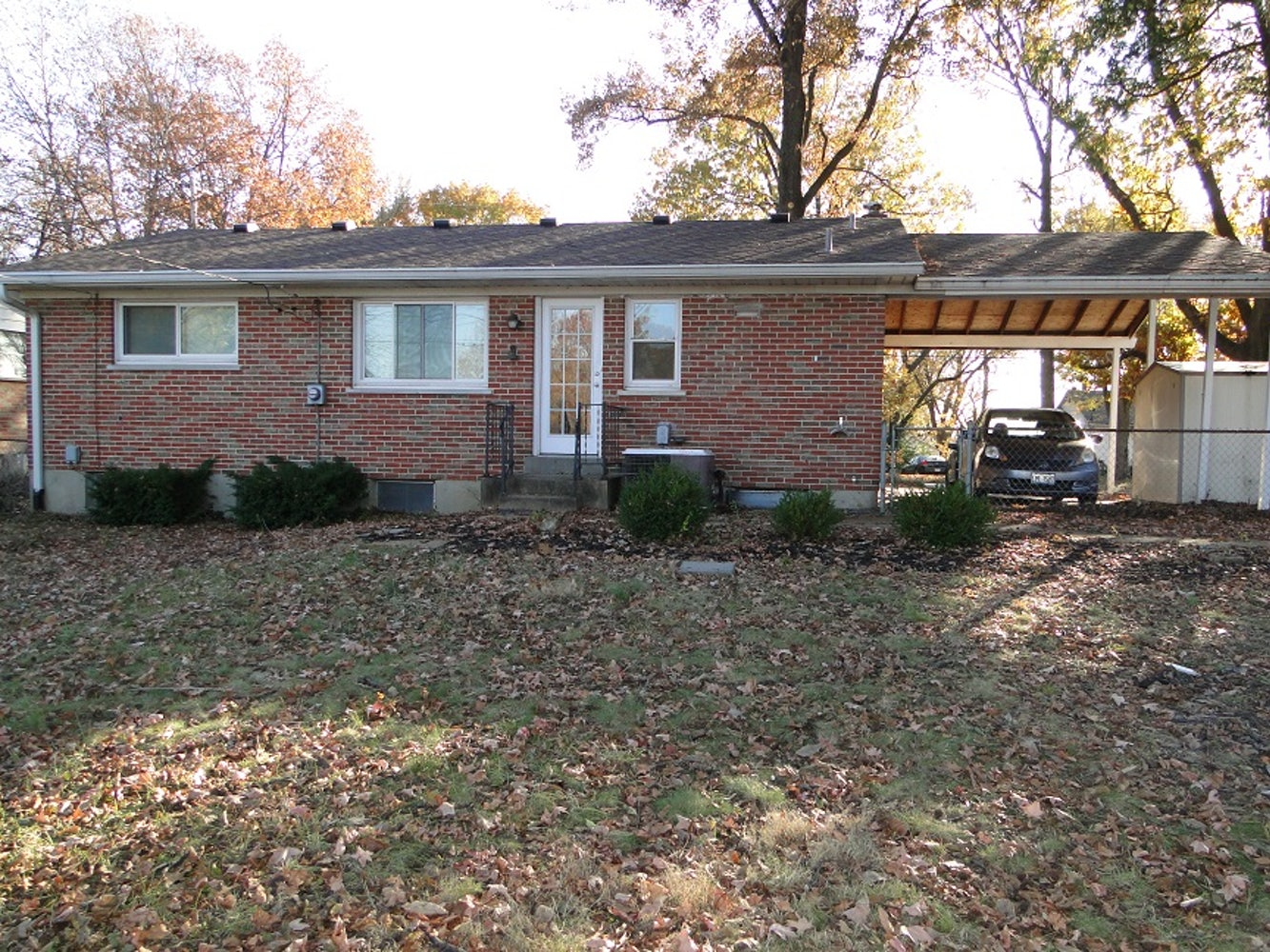 Newly Renovated 3 Bed 2 Bath In Pattonville School District Apply