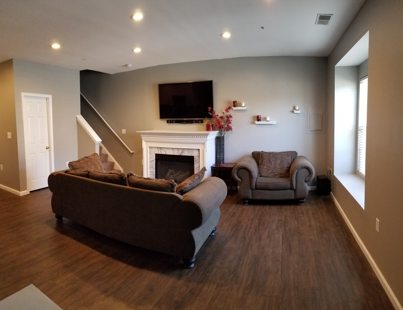 BEAUTIFUL 3 BR / 2 5 BA Townhouse for Rent - SECTION 8