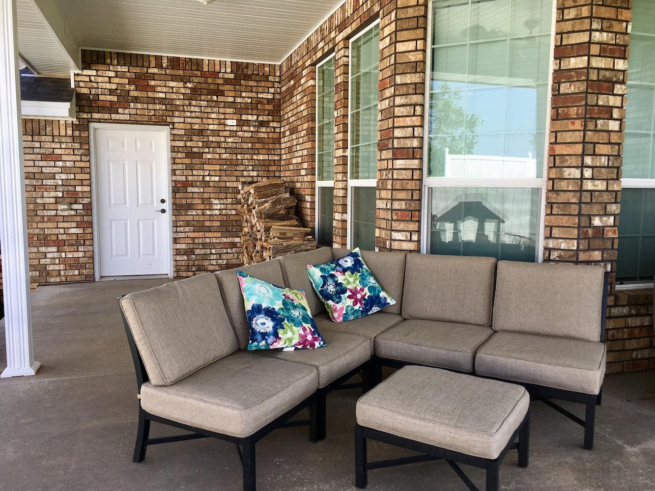 Beautiful custom home in Raintree Subdivision   Apply   Cozy